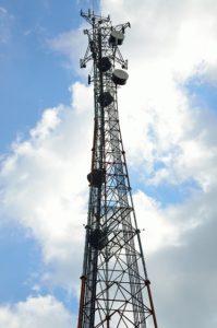 マイクロ波記事 電波塔のイメージ画像